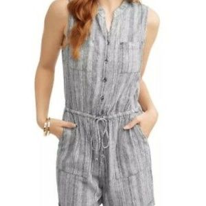 Time and Tru Gray and White Linen Blend Romper